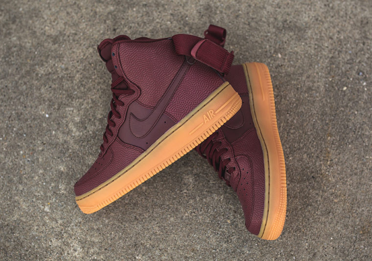 Nike WMNS Air Force 1 High SE Night Maroon