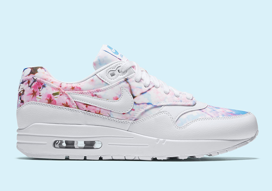 the latest d61a5 7b5b4 Nike Wmns Air Max 1 Cherry Blossom