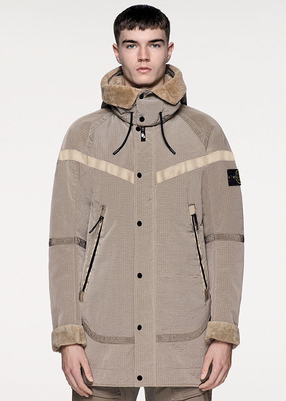 nikelab-x-stone-island-the-windrunner-new-wool-10