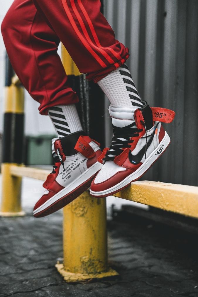 Gracias más Existencia  Off-White x Air Jordan 1 : On-feet Preview | WAVE®