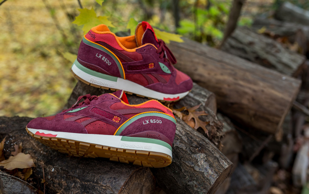 Packer Shoes x Reebok LX 8500