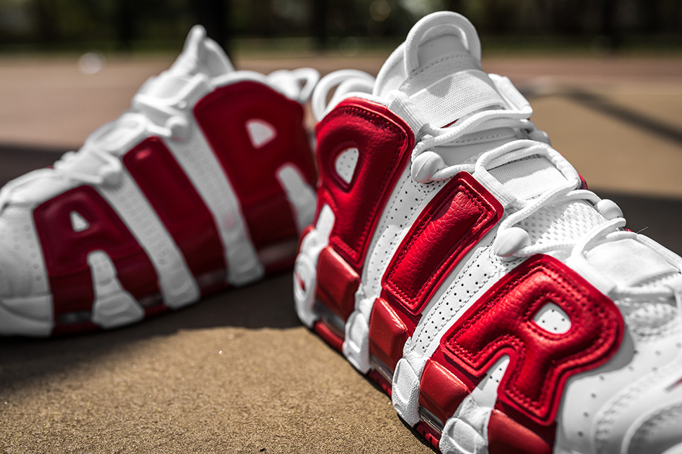 """Releasing: Nike Air More Uptempo """"Bulls"""" (White/Gym Red)"""