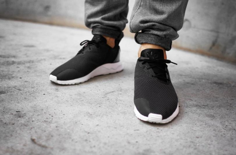 s79050-adidas-zx-flux-racer-asym-Core-Black-2