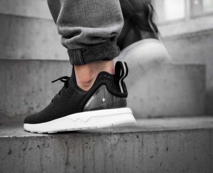 s79050-adidas-zx-flux-racer-asym-Core-Black-3