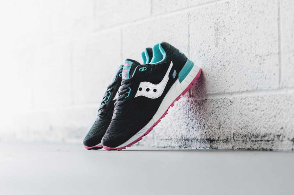 saucony-shadow-5000-in-black-available-now-3